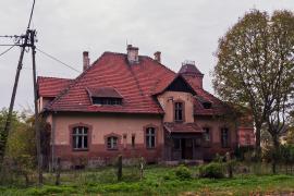 Opuszczony dom, Kochcice