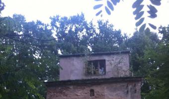 Modernistyczna willa z wieżyczką., Podkowa leśna,