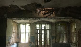 Opuszczony pałac w Zawiszy, Zawisze,
