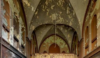 Neogotycki szpital z x i x wieku, mokrzeszów