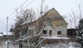 Stara huta, Kadłub,