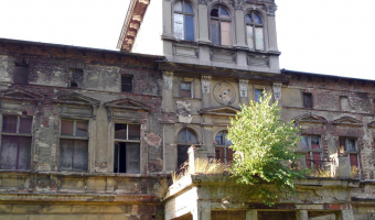 Opuszczony pałac, morasko