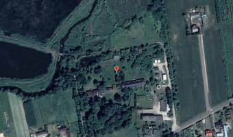 folwark z drewnianym pałacem, Kośmin,