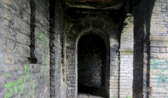 Opuszczone mauzoleum, wałbrzych