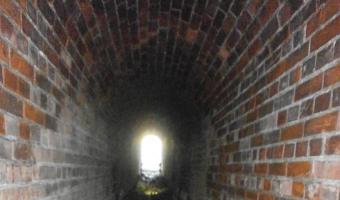 Opuszczone przejście podziemne nieczynnej linii 183, Będzin,