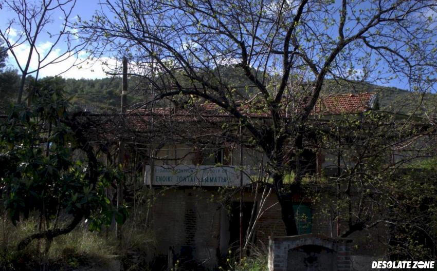 Cypr, saittas – opuszczony dom, saittas
