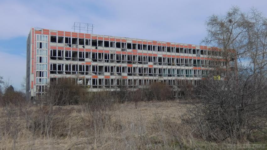 Opuszczony biurowiec p k p (oraz hotel robotniczy), dąbrowa górnicza