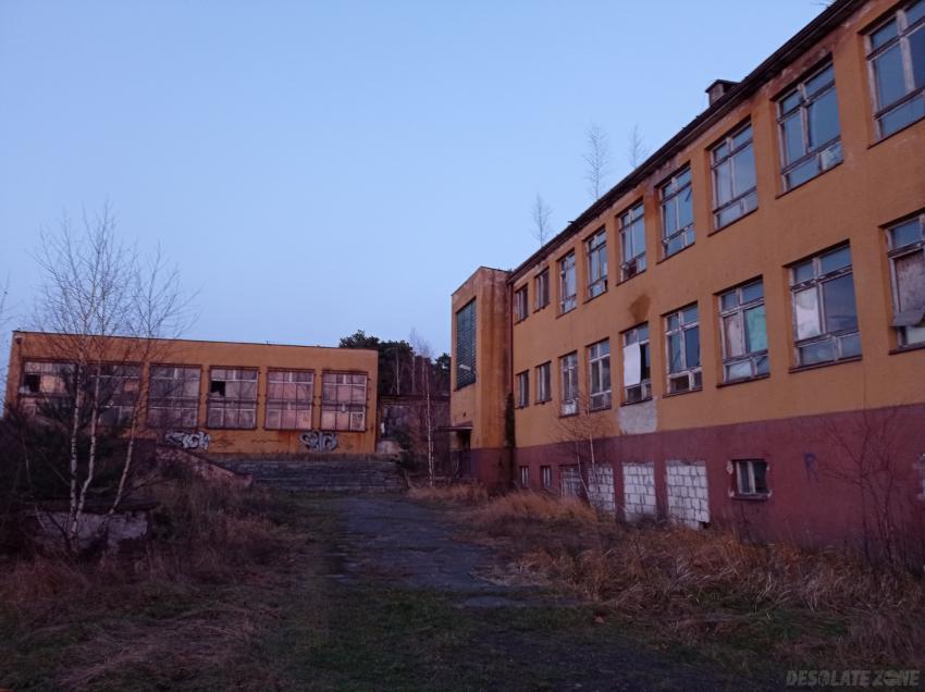 Zespół kształcenia i wychowania nr 6 / szkoła podstawowa nr 31 / przedszkole nr 25
