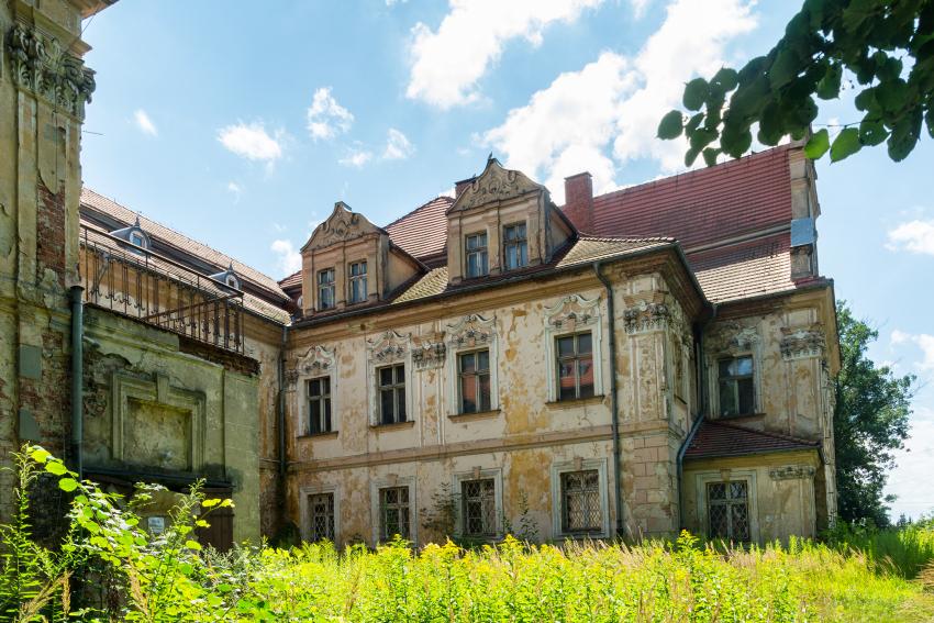Pałac w turawie